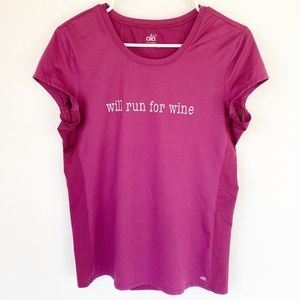 Alo Yoga Will Run For Wine Workout Tee T-shirt XL
